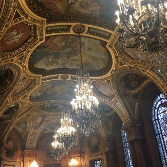 ceiling-in-memorial